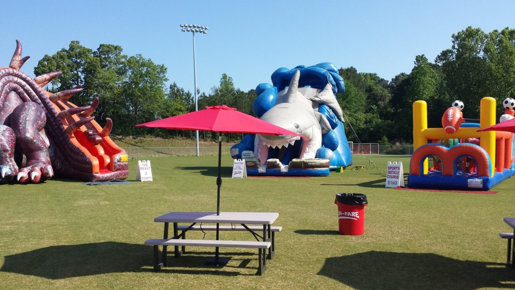 Snellville Kids ZOne benches and cans